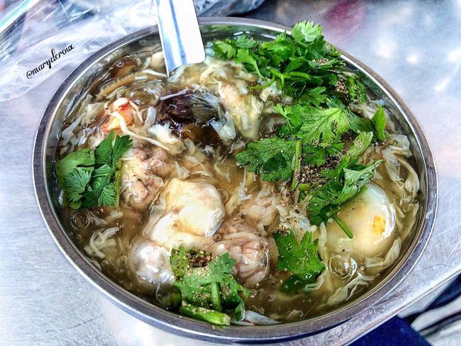 5 món quà chiều ngon lành, dân dã và đậm chất Sài Gòn